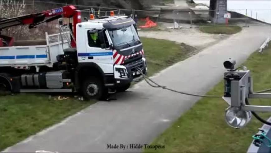 Vkopan tovornjak