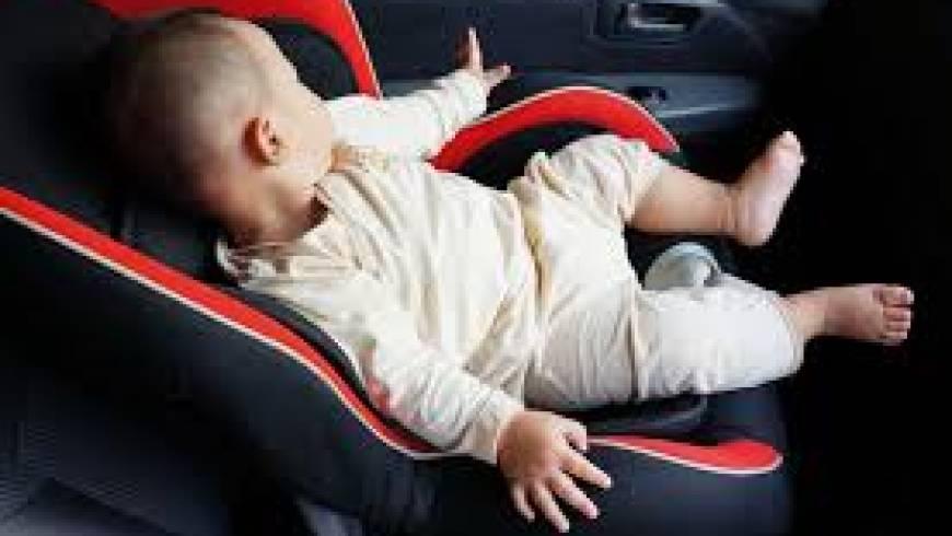 Dojenček v zaklenjenem avtomobilu!