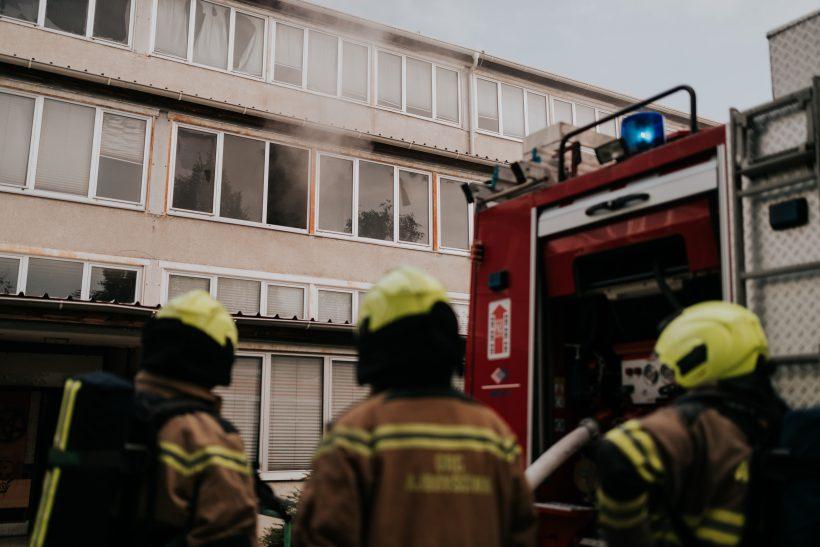 Prosta delovna mesta: gasilec in kandidat za gasilca